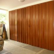 puerta-plegables-de-pvc-lisa-cortinashd-04