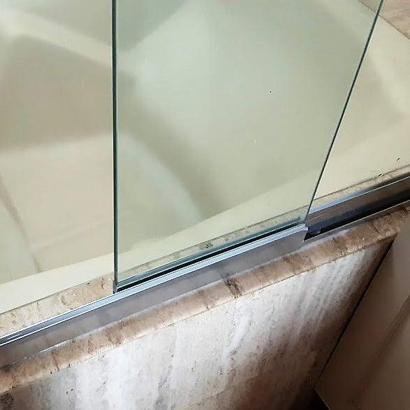 Puertas de ducha en vidrio templado a la medida cortinashd for Cristal templado a medida
