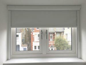 cortinas roller blackout con cabezal y perfiles laterales